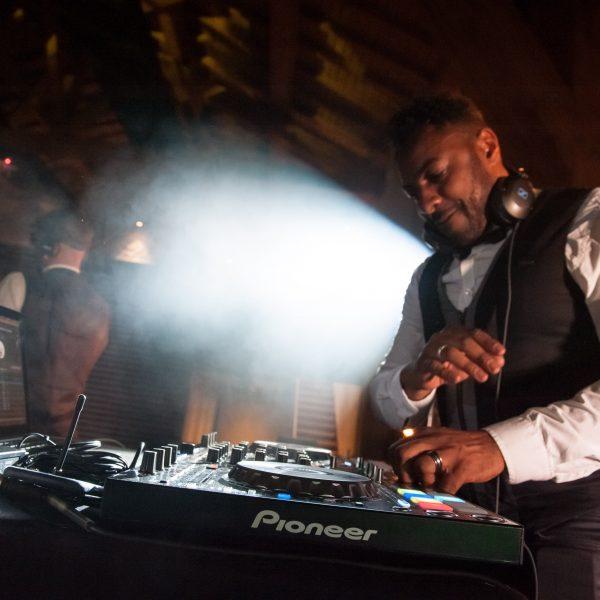 DJ pour soirées d'entreprise