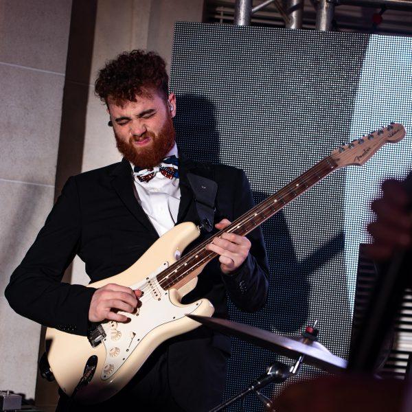 guitariste orchestre paris groove